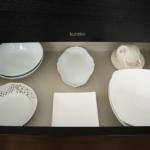 食器の新しい収納法【一目でわかる色別収納】