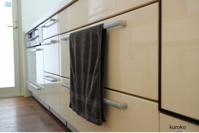 キッチンの手拭き用にしているニトリのタオルの画像