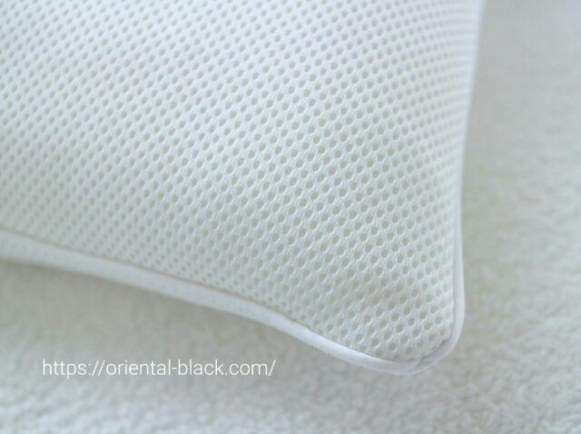 パイプ枕の生地アップの画像